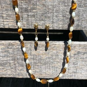🆕List! Tiger Eye & Pearl Necklace Set! NEW!